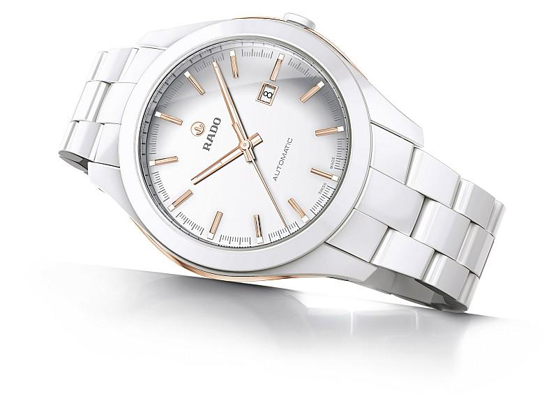 雷達表2012巴賽爾錶展直擊:HyperChrome嶄新系列領先科技風潮再起