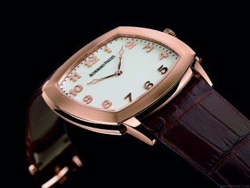 展現卓越不凡的精湛製錶工藝和美感:愛彼錶女皇盃2012年Tradition 限量版腕錶