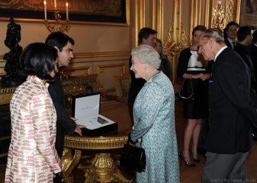 積家101高級珠寶腕錶 見證英國女王60週年鑽石慶典 打造特別版女王世系表鐫刻空氣鐘