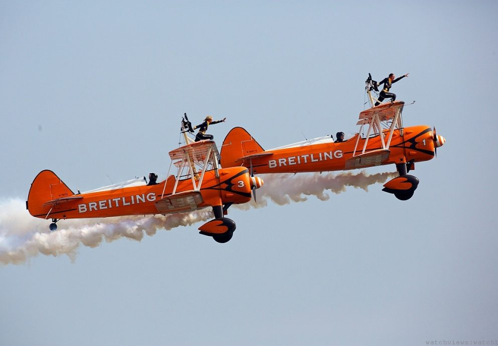 百年靈特技飛行隊首秀珠海航空展,無奈中國科研模擬炸台F16攪局惹塵埃