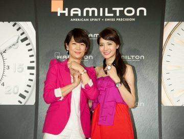 吳亞馨重回時尚主戰場,偕媽媽閃亮出席漢米爾頓秀錶做愛心