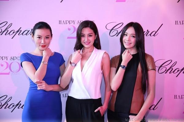有小林志玲之稱的名模王心恬、林葦茹與李彬,分別以25歲、30歲及40歲不同世代的裝扮,傳遞Happy Sport的豐富多樣。