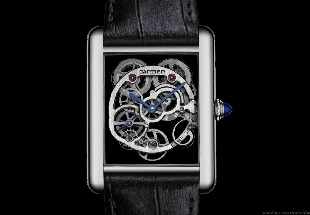 懸浮金屬圈:Tank Louis Cartier藍寶石水晶鏤空腕錶
