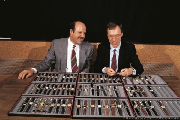 Ulrich W. Herzog (左)與Rolf Portmann博士 合作,在1982 年4 月 籌劃了管理層收購,獨立品牌Oris就此誕生。