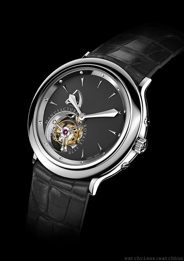 1770腕錶,不鏽鋼錶殼,錶徑43毫米,時、分、一分鐘陀飛輪、動力儲能顯示,手上鍊機芯,動力儲能108小時,鱷魚皮錶帶。