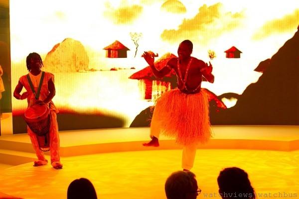 L'Odyssée de Cartier頂級珠寶展派對上,來自香港的非洲鼓樂舞蹈學院表演。