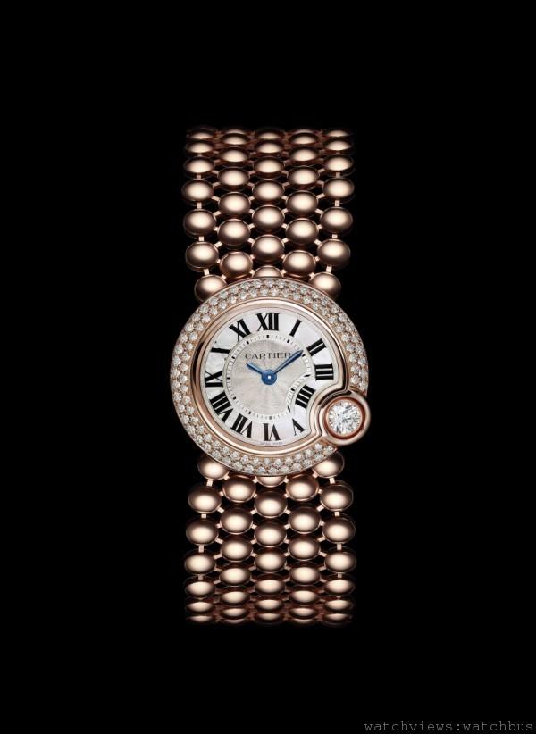Ballon Bleu de Cartier 腕錶,18K 玫瑰金錶殼鑲嵌總重0.7 克拉美鑽,錶 徑24 毫米,時、分顯示,056 石英機芯,18K 玫瑰金鍊帶,防水30 米。