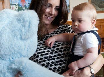 英國凱特王妃訪澳紐,Cartier Ballon Bleu de Cartier卡地亞藍氣球好吸睛