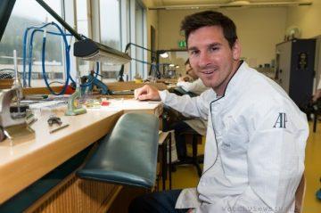 愛彼歡迎品牌形象大使李奧‧梅西Leo Messi與維克多‧杜彼森Victor Dubuisson參觀布拉蘇絲錶廠