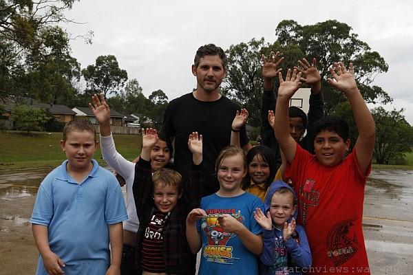 寶格麗捐獻 2700 萬美元支援「救助兒童會」,並推出全新陶瓷銀質項鍊