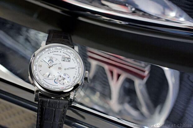 A. Lange & Söhne朗格為前衛汽車精湛打造Lange1 Time Zone Como Edition