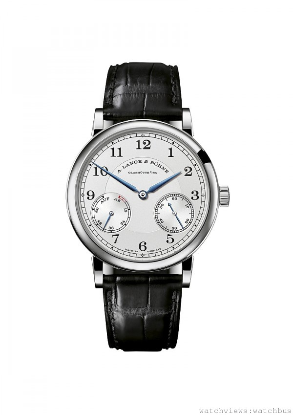 1815 Up/Down 腕錶,18K 玫瑰金、黃金或白金錶殼,錶徑39毫米,時、分、小秒針、動力儲能指示,L051.2 手上鍊機芯,動力儲存72 小時,藍寶石水晶玻璃鏡面及後底蓋,鱷魚皮錶帶。