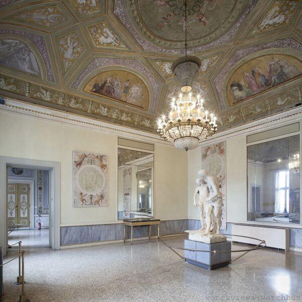 由萬寶龍資助重新整修專門展出卡諾瓦雕塑作品的威尼斯科雷爾博物館Trono展示廳