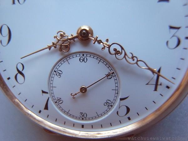 手工精製的路易十五K金指針也完全依照古董懷錶的式樣打造,圖為早期德國懷錶指針。