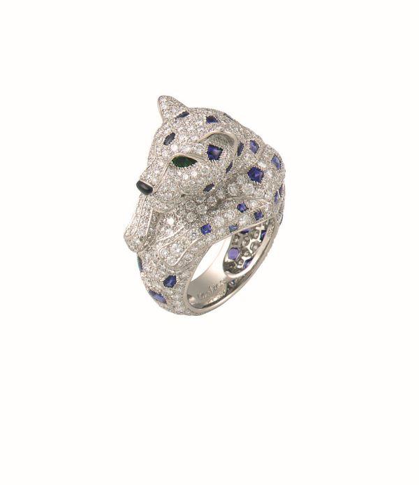 就是這只卡地亞Panthere de Cartier美洲豹頂級珠寶系列鑽戒,讓林依晨情有獨鍾美洲豹系列,參考價格約NTD4,620,000。