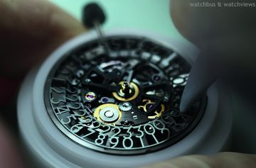 深入腕錶心臟,探索複雜腕錶功能:Corum Admiral's Cup AC-One 45 Squelette-Taiwan ONLY台灣獨賣款隆重登台