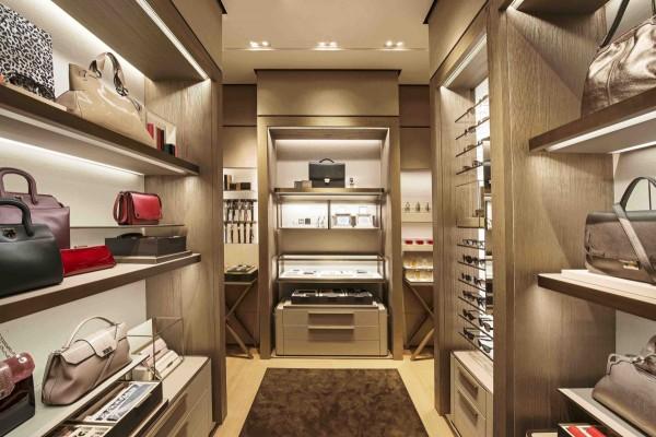 HOME設計概念配件區,貴賓可於其中自在地搭配自己喜愛的配件作品,宛如置身於自家的更衣室中。