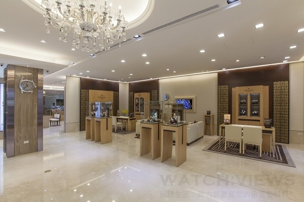 時美齋鐘錶百達翡麗形象店的裝潢與擺設完全比照原廠全球旗艦店的規格與典範。