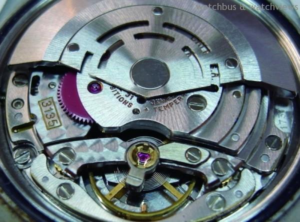 3135是 Rolex的基礎機芯,大多數機種都由此衍生或修改,性能優異。