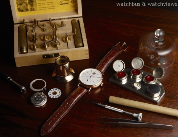 WW1-HS-Pink-Gold-Watchmaker-Table-Still-Life