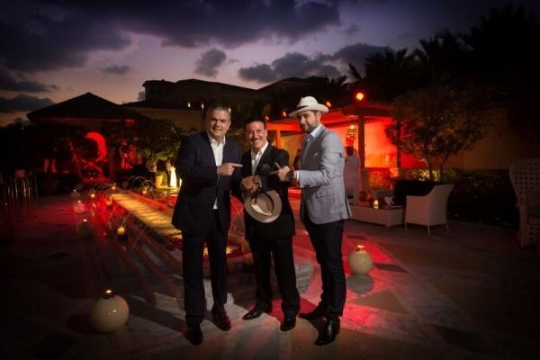 (由左至右)Hublot宇舶錶執行長Ricardo Guadalupe;Arturo Fuente雪茄創始人之孫Carlos Fuente Jr;HUBLOT中東代表Marco Tedeschi