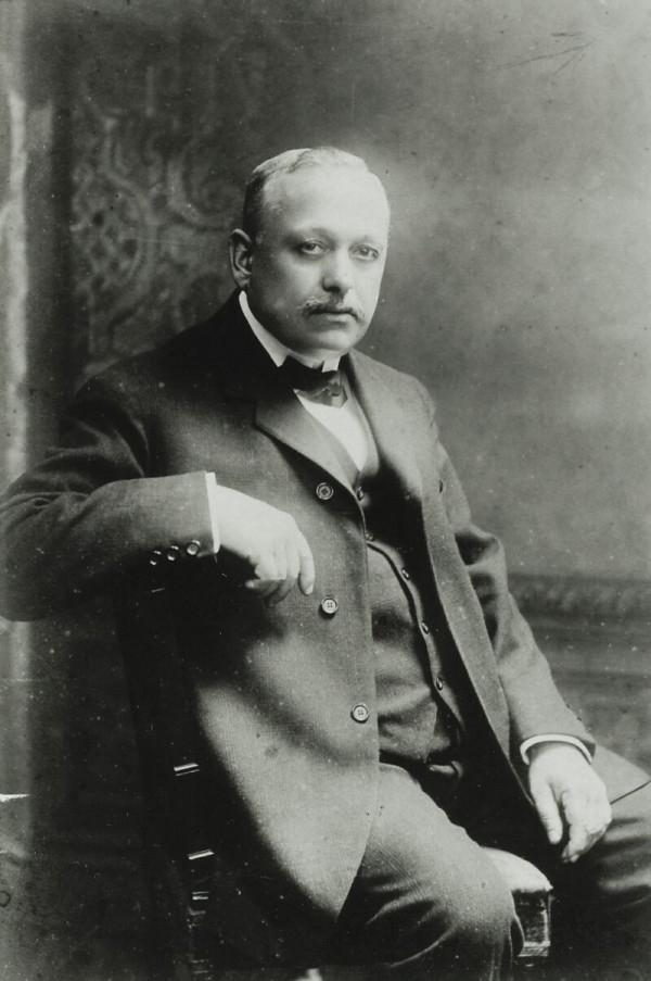 鐘錶師Edmond Jaeger(1858-1922年)