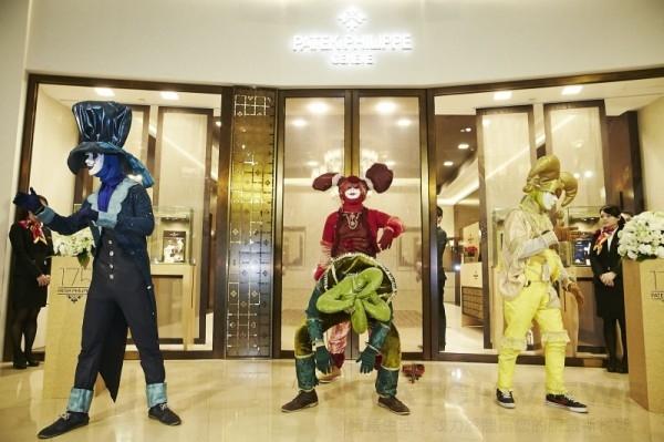 高登鐘錶台北101百達翡麗最大經銷專賣店盛大開幕,舞團演繹時間之美。