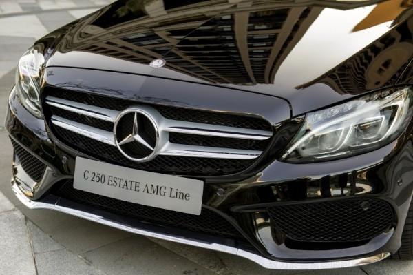 The new C-Class Estate在車頭的設計面以洗鍊、運動與豪華兼具的風格,在The new C-Class Estate車頭造型完美呈現。