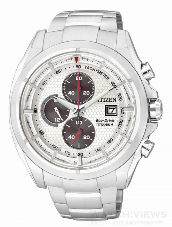 CITIZEN Eco-Drive Super Titanium 光動能超級鈦錶款,型號CA0551-50E,定價NT. 18,000,鈦金屬錶殼,鈦金屬錶帶,防水10氣壓,藍寶石玻璃鏡面,充滿電後可連續運作7個月,碼錶計時、24小時制顯示、日期顯示。
