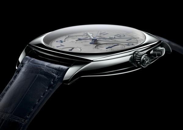 Harmony超薄高級複雜計時(Harmony Ultra-Thin Grande Complication Chronograph Caliber 3500)搭載的Caliber 3500超薄自動上錬機芯,厚度僅為5.20毫米,置於厚度僅為8.40毫米的枕形錶殼,創下超薄計時碼錶的世界紀錄。