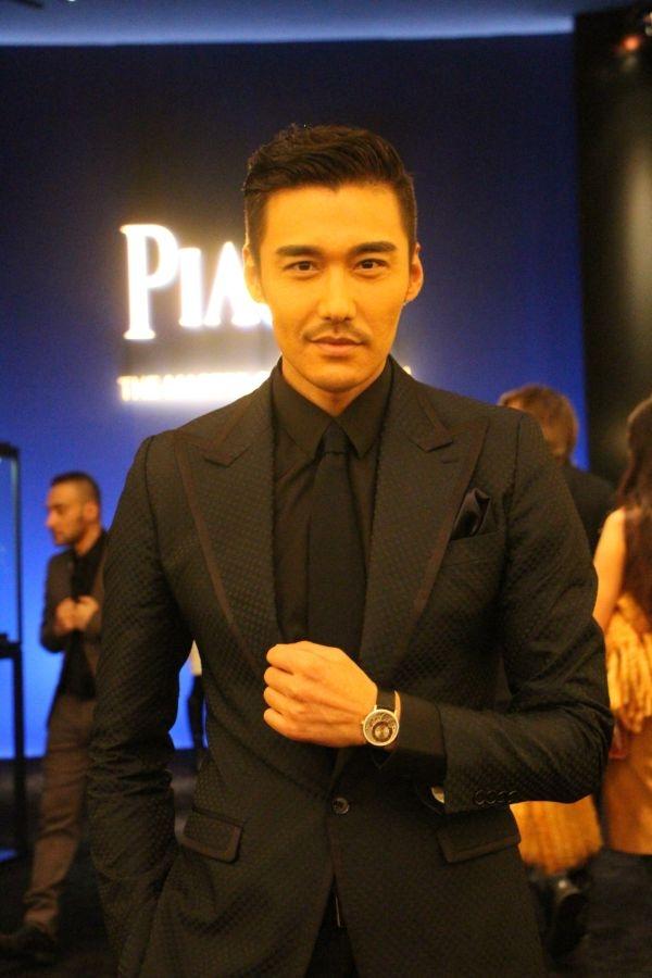 中國藝人心儀伯爵Altiplano 900P魅力。