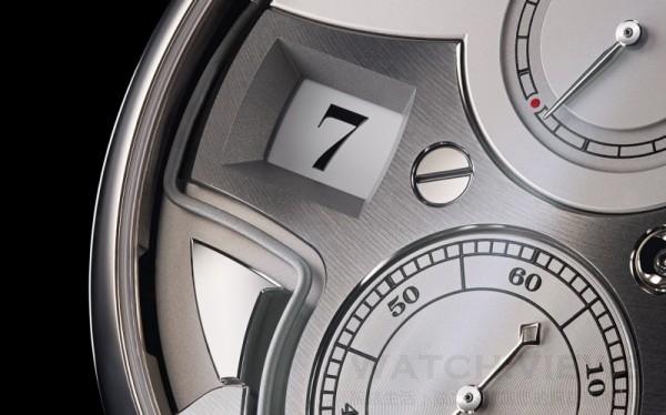 為免三問鳴響因主發條動力消耗而預先中斷(此時腕錶亦會停止運行),在動力儲存少於十二小時的情況下,鳴響裝置將無法啟動。在該情況下,動力儲存指示會以紅色標記作提示。