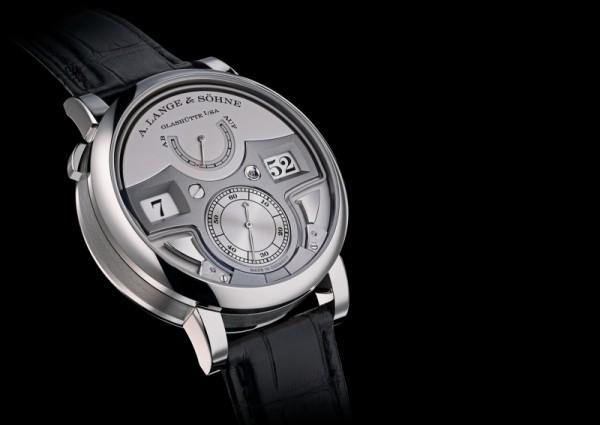 Zeitwerk Minure Repeater是全世界第一款結合機械跳字顯示和十進制三問裝置的腕錶。