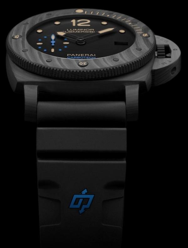 Luminor Submersible 1950 Carbotech 3 Days Automatic腕錶,Carbotech錶殼與錶圈,錶徑47毫米,   Carbotech錶冠護橋,時、分、小秒針、日期、可計算下潛時間,沛納海P.9000自動上鏈機械式機芯,動力儲能3日,帶黑色硬質塗層鈦金屬,黑色合成橡膠錶帶,防水300米。