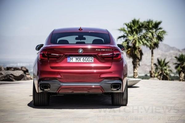 全新BMW X6 M50d備有M款外觀空力套件、20吋M款雙幅式輪圈、黑色高光澤窗框、黑色高光澤車側導流氣孔到M款主動式懸吊,身為BMW M Performance車款之全新X6 M50d渾身散發跑格氣息,性能魅力再加倍。
