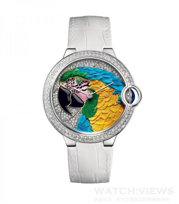 Ballon Bleu de Cartier鸚鵡裝飾腕錶,直徑42毫米 ,18K鍍銠白金錶殼,鑲嵌圓形明亮式切割鑽石,18K鍍銠白金和18K玫瑰金錶盤,花卉細工鑲嵌和縞瑪瑙,祖母綠眼睛,鸚鵡圖案裝飾,自動上鏈機械機芯,編號並限量發售20枚。