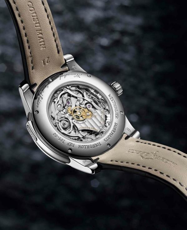 雅典漢尼拔三問報時錶Hannibal Minute Repeater搭載UN-78手上鍊機芯,動力儲存70 小時。