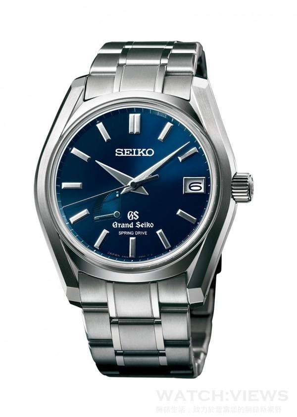 Grand Seiko 62GS 9S65系列,型號SBGA127,高密度鈦合金錶殼,錶徑40毫米,時、分、秒、日期、動力儲能顯示,9R65 Spring Drive自動上鍊 (兼手動上鍊)機芯,振頻28,800 次 /小時 (8 次/秒),精準度平均日差:±1 秒(±15 秒/每月),動力儲存72 小時 (滿鍊),雙弧面藍寶石水晶箱型鏡面搭配防眩鍍膜處理,旋入式背蓋,防水100米,高密度鈦合金鍊帶,限量700只。