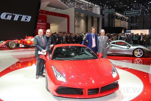 全新Ferrari 法拉利488 GTB在2015日內瓦國際車展全球首度亮相,樹立V8中置跑車全新標杆。