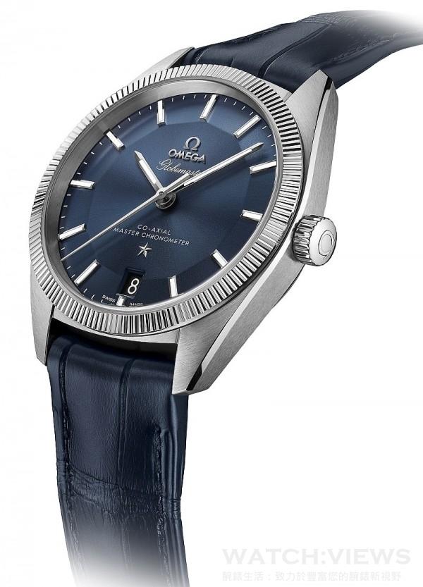 Omega Globemaster腕錶,不鏽鋼錶殼,錶徑39毫米,藍色錶盤,時、分、秒、日期顯示,8900同軸擒縱裝自動上鏈機芯,動力儲能60小時,矽游絲材質無卡度游絲擺輪,機芯通過瑞士官方天文台(COSC)測試;機芯和腕錶以瑞士聯邦計量科學研究所(METAS)認可的認證程序測試,可抵抗達15,000高斯的磁力,雙面防反光抗磨損藍寶石水晶鏡面,防水100米,皮革錶帶。