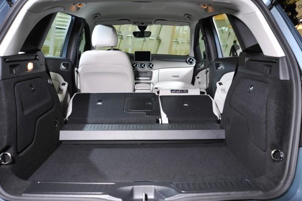 全新B-Class可選配所有車系中唯一僅有的EASY-VARIO-PLUS可變承載空間系統