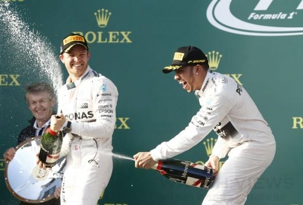 Mercedes-AMG PETRONAS於澳洲開幕賽再以驚人動力與技術優勢拿下雙料冠軍。
