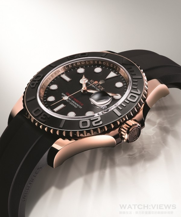 勞力士Yacht-Master全新18ct永恒玫瑰金黑色錶款,配備由勞力士研發的專利啞黑色Oysterflex錶帶,和磨光18 ct永恒玫瑰金錶殼及黑色Cerachrom字圈,巧妙搭配。