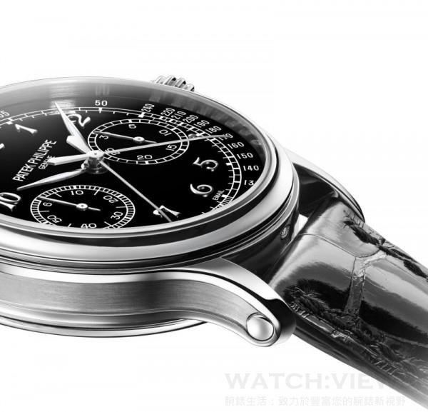 在Ref.5370雙針計秒計時秒錶的950鉑金錶殼的六時位置,錶身下鑲有一顆頂級Wesselton鑽石。