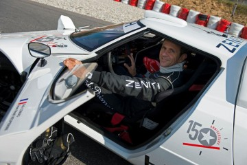 量身定制,挑戰極限:El Primero Stratos賽車隊