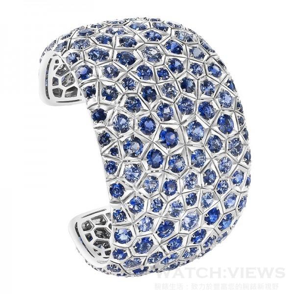 Rivage 海浪手鐲,180顆藍寶石、共75,29克拉,NTD 11,300,000。