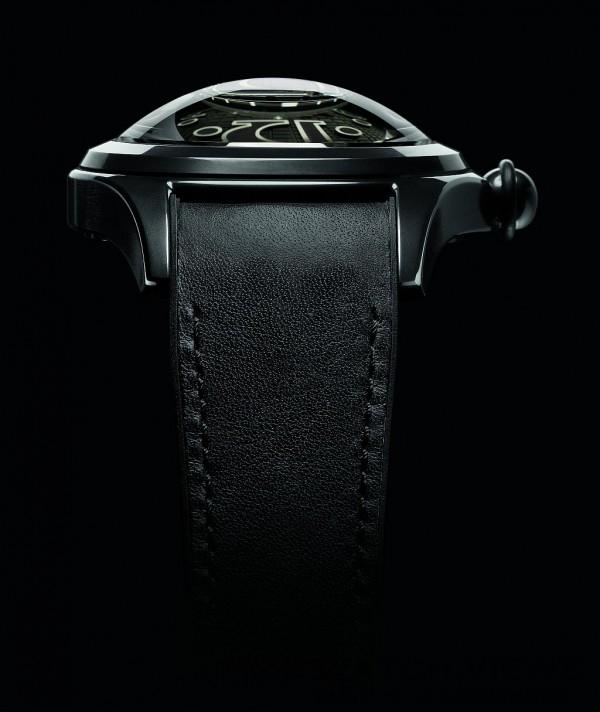Severin Wunderman因為一款六十年代深海潛水實驗錶的啟發,將潛水錶所裝配的超大弧形錶鏡的靈感轉化為Bubble系列的設計意念,成就新千禧年代其中一款令人最印象深刻的經典時計。