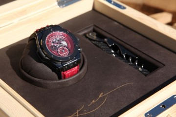 "為Kobe打造的世界首款籃球機械計時腕錶:HUBLOT 宇舶Big Bang Unico Retrograde Kobe ""Vino"" Bryant"