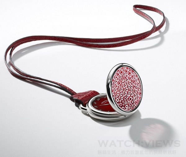 Hermès Arceau Pocket Millefiori,18K白金錶殼,錶徑48毫米,千花水晶藝術錶蓋,時、分指示,H1837 自動上鍊機芯,動力儲存50小時,藍寶石水晶鏡面、底蓋,防水30米。