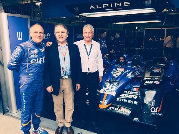 Alpine Principal Philippe Sinault、天梭表全球總裁添寶先生以及Alpine CEO Bernard Olivier合影。